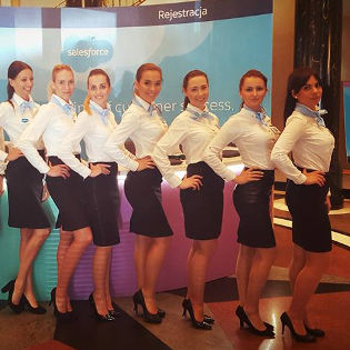 HOSTESSY NA EVENCIE FIRMOWYM SALESFORCE